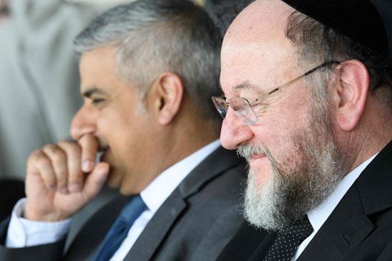رئيس بلدية لندن المنتخب يشارك فى حفل ذكرى الهولوكوست صادق خان (14)