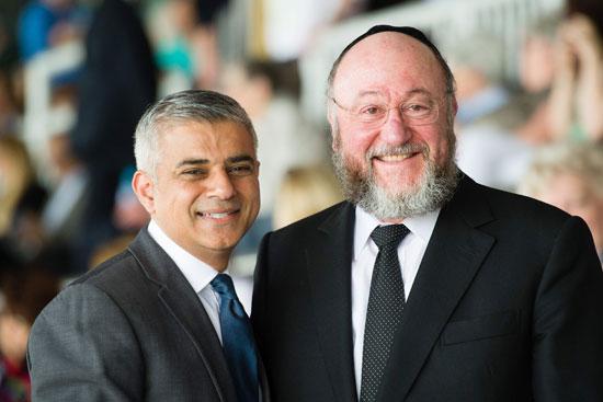 رئيس بلدية لندن المنتخب يشارك فى حفل ذكرى الهولوكوست صادق خان (9)