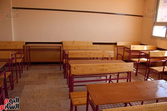درسة-السيدة-صفية-الثانوية-الصناعية-بصالحجر-(2)