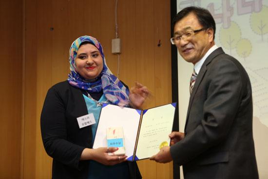 قسم اللغة الكورية بالـالألسن ينظم مسابقة محادثة بالتعاون مع السفارة  (1)