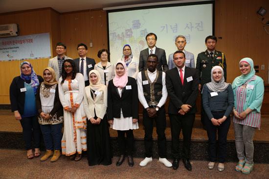 قسم اللغة الكورية بالـالألسن ينظم مسابقة محادثة بالتعاون مع السفارة  (5)