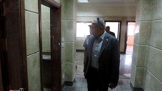 مدير أمن الغربية يتفقد مجمع كليات طنطا (2)