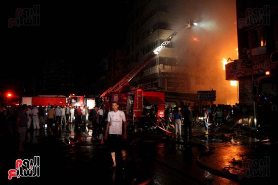 حريق الموسكى (16)