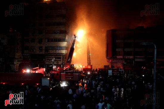 حريق الموسكى (18)