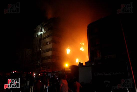 حريق الموسكى (4)