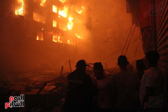 حريق الموسكى (8)