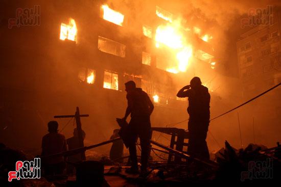 حريق الموسكى (9)