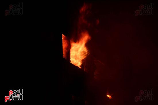 حريق العتبة (13)