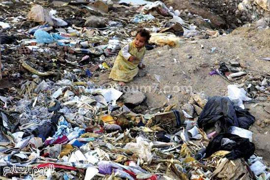 طفلة بالعشوائيات -اليوم السابع -6 -2015