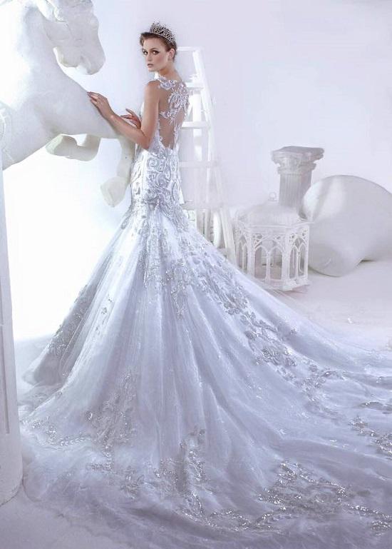 فستان أنيق بذيل طويل ومرصع  -اليوم السابع -6 -2015
