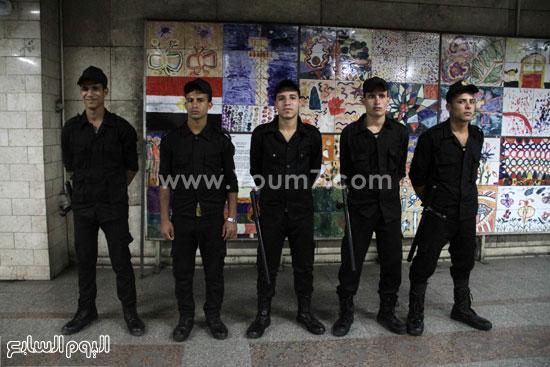 تواجد أفراد الأمن المركزى للتأمين -اليوم السابع -6 -2015