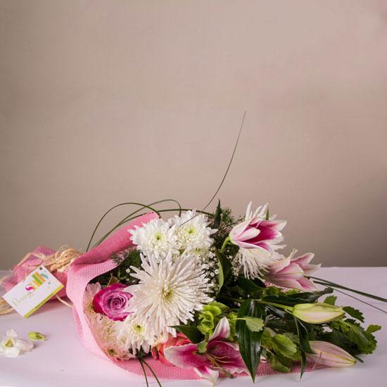 بوكيه زهور متعدد الألوان  -اليوم السابع -6 -2015