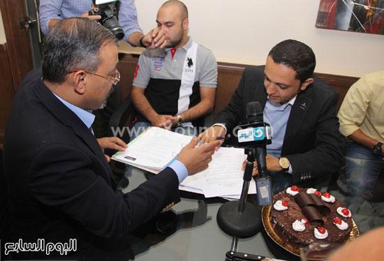 عمرو الكحكى وأحمد فايق وتورتة الحفل  -اليوم السابع -6 -2015