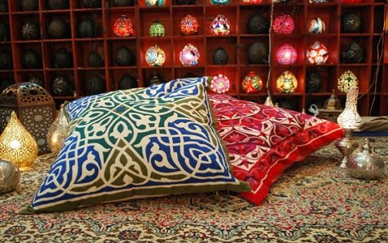 مخدات مغربية بتصميمات عربية -اليوم السابع -6 -2015