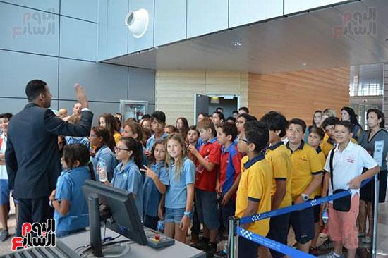 مطار الغردقة الدولى يحتفل باليوم العالمى للطفل (8)