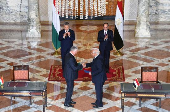 السيسى يشهد توقيع اتفاقيات المجر (6)