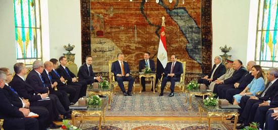 السيسى يشهد توقيع اتفاقيات المجر (7)