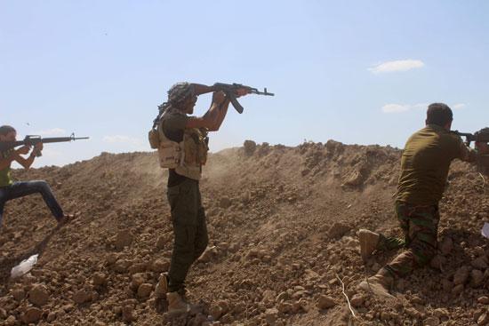 القوات العراقية تواجه مقاومة عنيفة فى معركة الفلوجة (6)