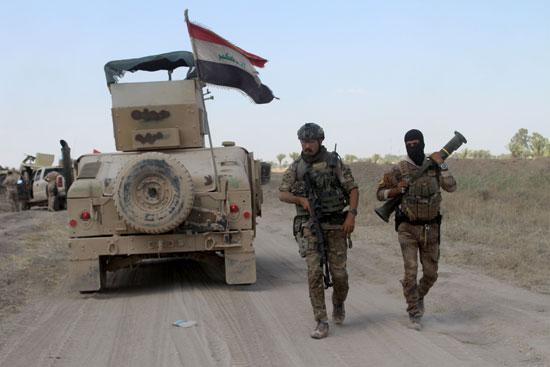 القوات العراقية تواجه مقاومة عنيفة فى معركة الفلوجة (8)