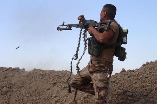 القوات العراقية تواجه مقاومة عنيفة فى معركة الفلوجة (9)