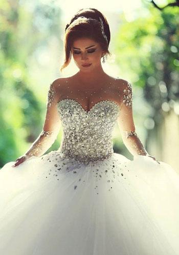 cee9b895f بالصور..فساتين زفاف تحولك لـ