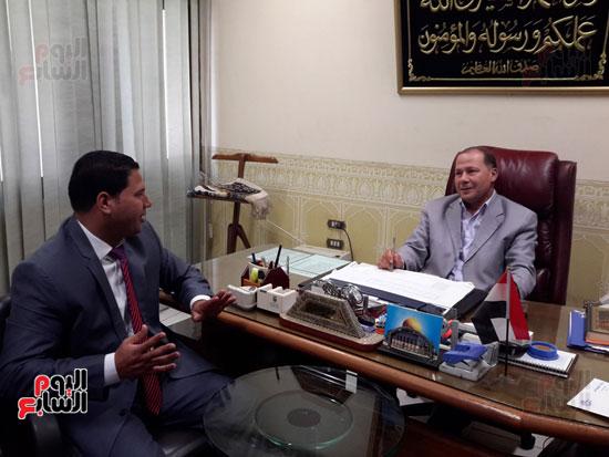 المهندس محمد عبد العليم السطوحى رئيس كهرباء البحيرة (1)