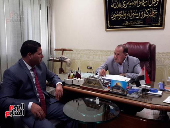 المهندس محمد عبد العليم السطوحى رئيس كهرباء البحيرة (3)