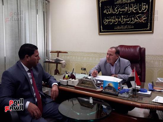 المهندس محمد عبد العليم السطوحى رئيس كهرباء البحيرة (4)
