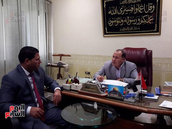 المهندس محمد عبد العليم السطوحى رئيس كهرباء البحيرة (5)