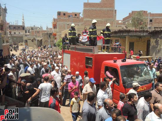تشييع جثمان أمين شرطة بالدقهلية استشهد فى شمال سيناء (3)