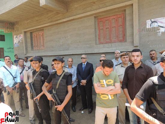 تشييع جثمان أمين شرطة بالدقهلية استشهد فى شمال سيناء (13)