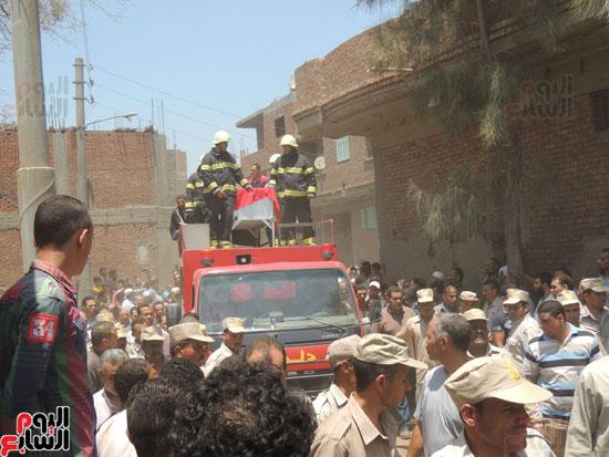 تشييع جثمان أمين شرطة بالدقهلية استشهد فى شمال سيناء (9)