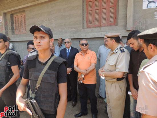 تشييع جثمان أمين شرطة بالدقهلية استشهد فى شمال سيناء (18)
