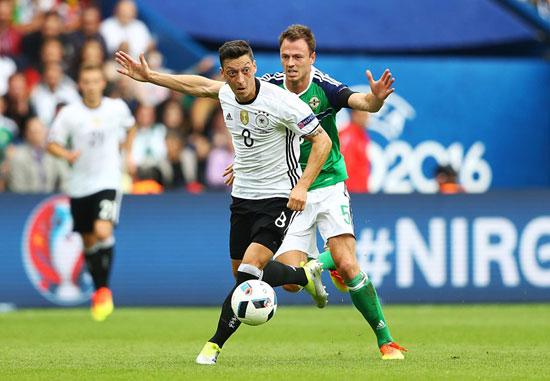 11مباراة-ألمانيا-وأيرلندا-الشمالية