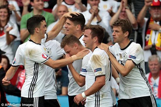 15مباراة-ألمانيا-وأيرلندا-الشمالية