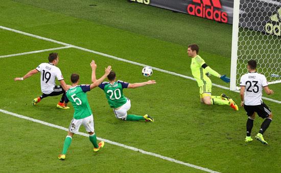 18مباراة-ألمانيا-وأيرلندا-الشمالية