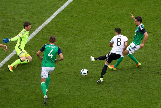 19مباراة-ألمانيا-وأيرلندا-الشمالية