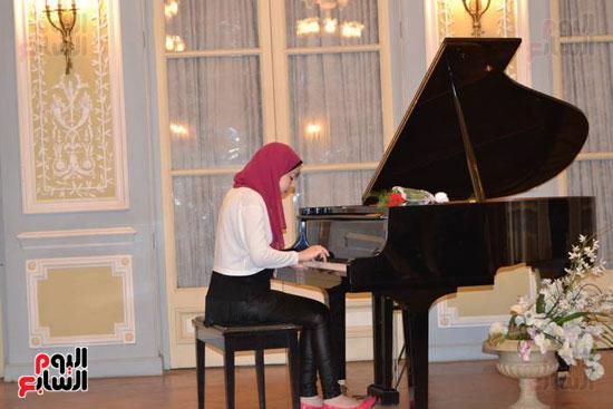 حفل موسيقى بالمركز الثقافى الروسى بالإسكندرية (6)