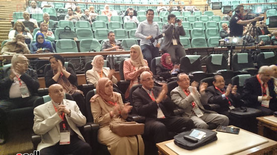 انطلاق فعاليات المؤتمر السنوى لقسم التخدير بجامعة عين شمس (2)