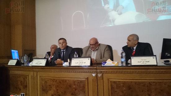 انطلاق فعاليات المؤتمر السنوى لقسم التخدير بجامعة عين شمس (4)
