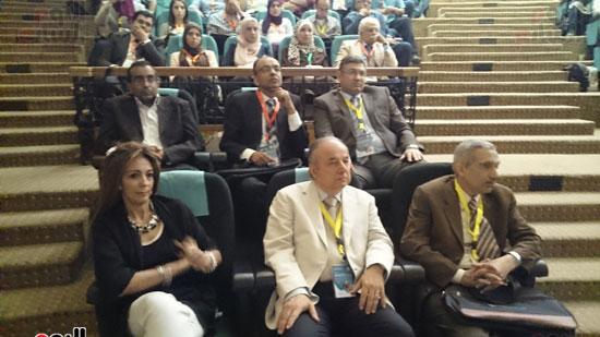 انطلاق فعاليات المؤتمر السنوى لقسم التخدير بجامعة عين شمس (6)