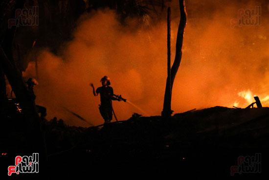حريق  مدينة السينما بشارع الهرم (4)