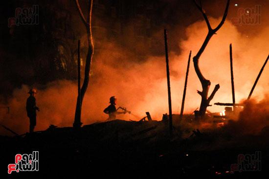 حريق  مدينة السينما بشارع الهرم (6)