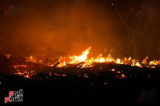 حريق  مدينة السينما بشارع الهرم (15)