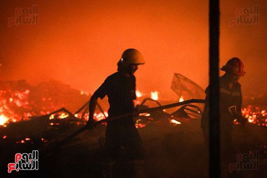 حريق  مدينة السينما بشارع الهرم (27)