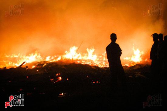حريق  مدينة السينما بشارع الهرم (9)