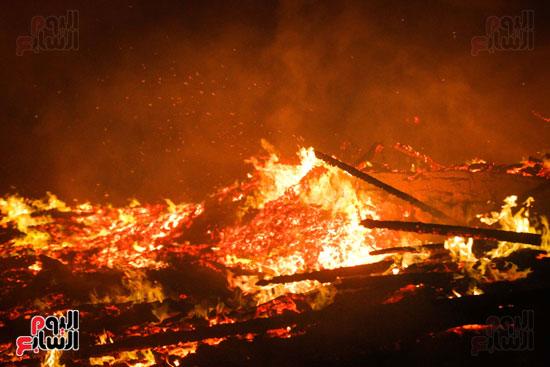 حريق  مدينة السينما بشارع الهرم (28)
