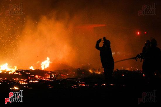 حريق  مدينة السينما بشارع الهرم (32)