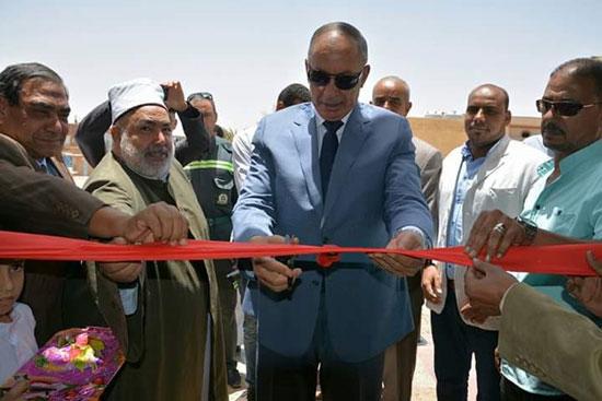 محافظ البحر الأحمر يفتتح مسجد الوادى (2)