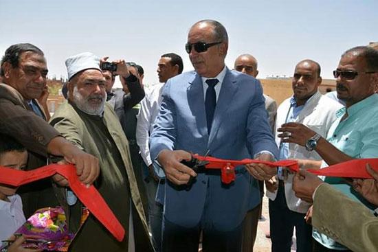 محافظ البحر الأحمر يفتتح مسجد الوادى (3)